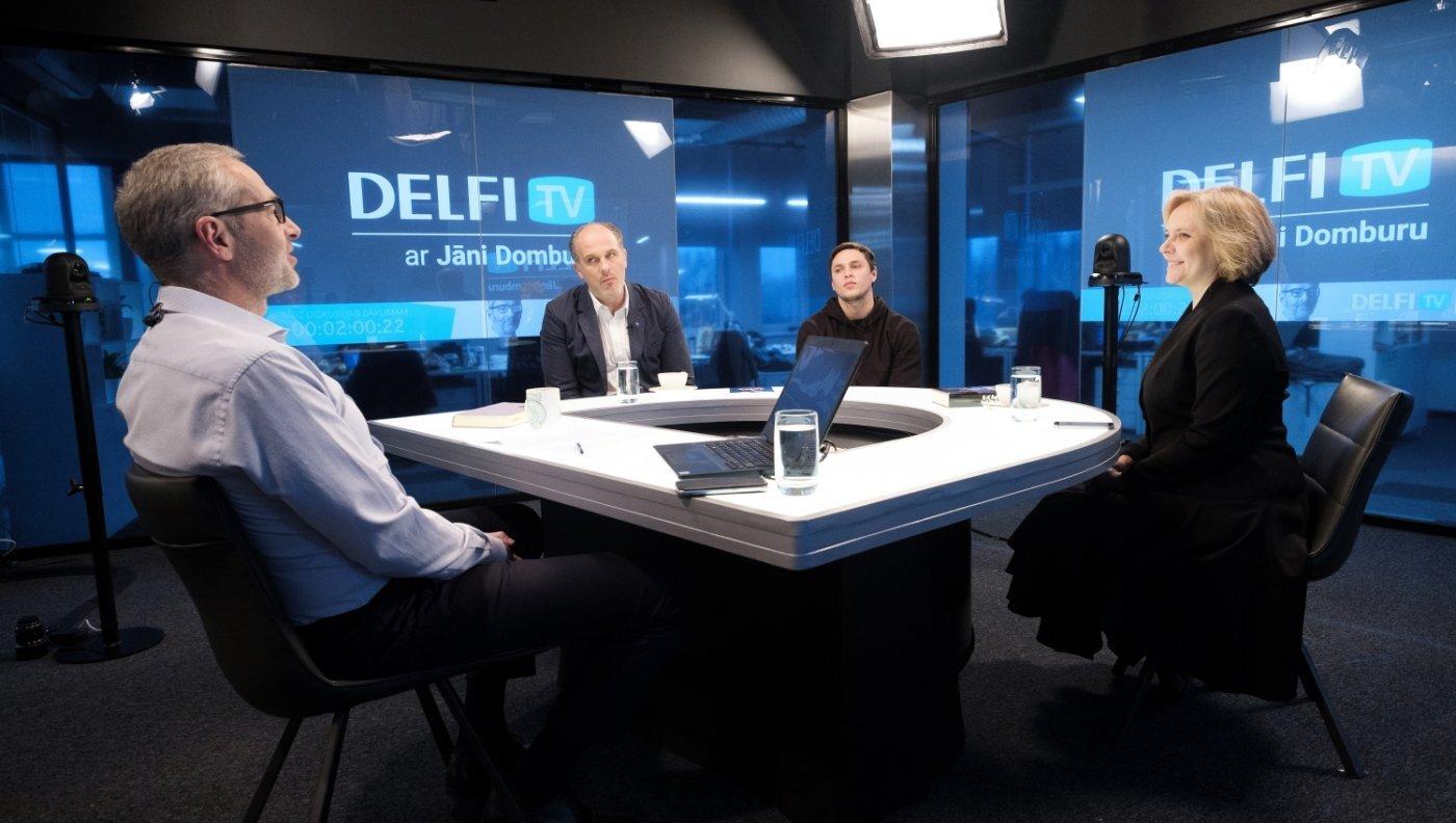 'Delfi TV ar Jāni Domburu' atbild 'Homo Novus' režisore un aktieri. Pilns ieraksts