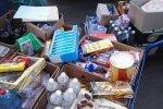 В Латвии, возможно, не разрешат продавать по сниженным ценам продукты с истекшим сроком годности