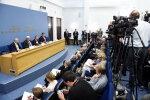 Mediji piedzīvo nebijušus draudus; situācija Latvijā pasliktinājusies, brīdina organizācija