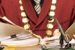 Tiesneša Strupiša lēmums bijušā klienta lietā nonāk zem Ētikas komisijas lupas