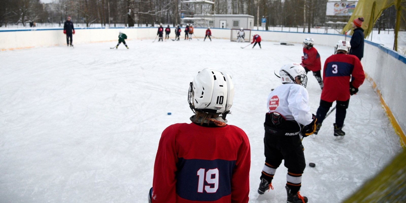 Юношеский спорт и родительский кошелек: как бороться с поборами?