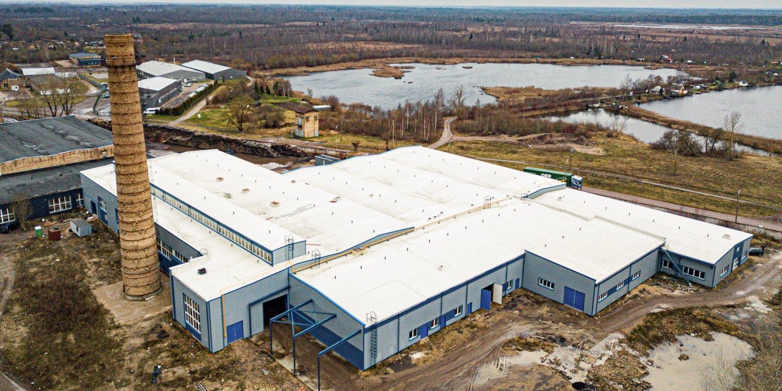 Новые рабочие места или риск кислотных дождей? На берегу Лиелупе планируют построить завод по переработке аккумуляторов