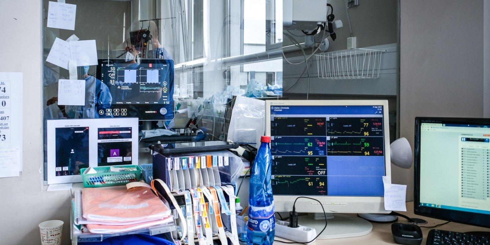 Juris Kaža: Nevakcinētie nevakcinējas, vakcinētie dusmojas, īstie cietēji – mediķi