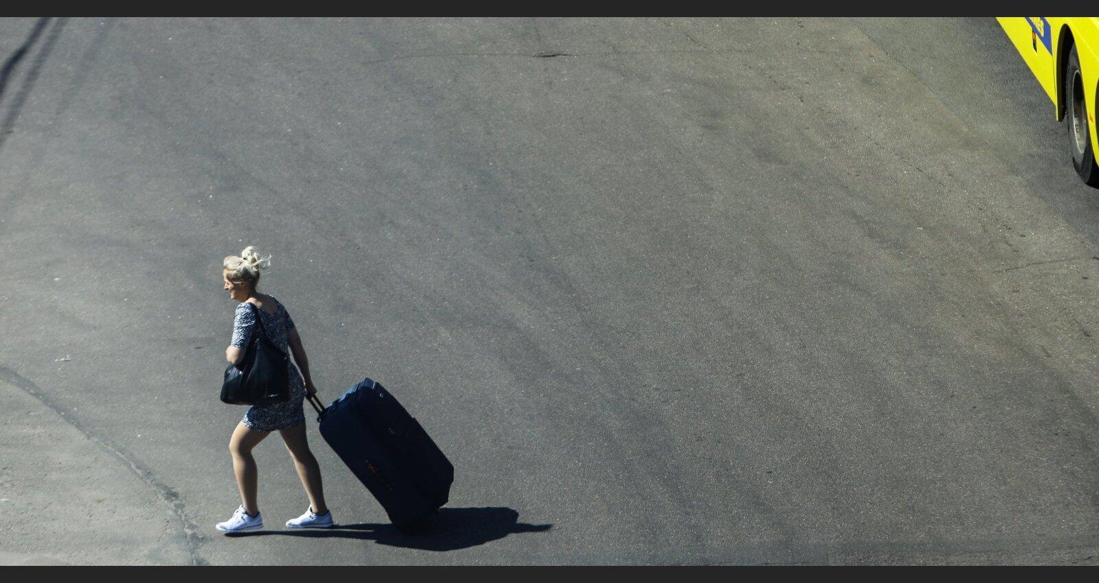 """""""Что-то тянет в Латвию"""". Почему латвийские эмигранты возвращаются на родину и готовы ли они здесь остаться?"""