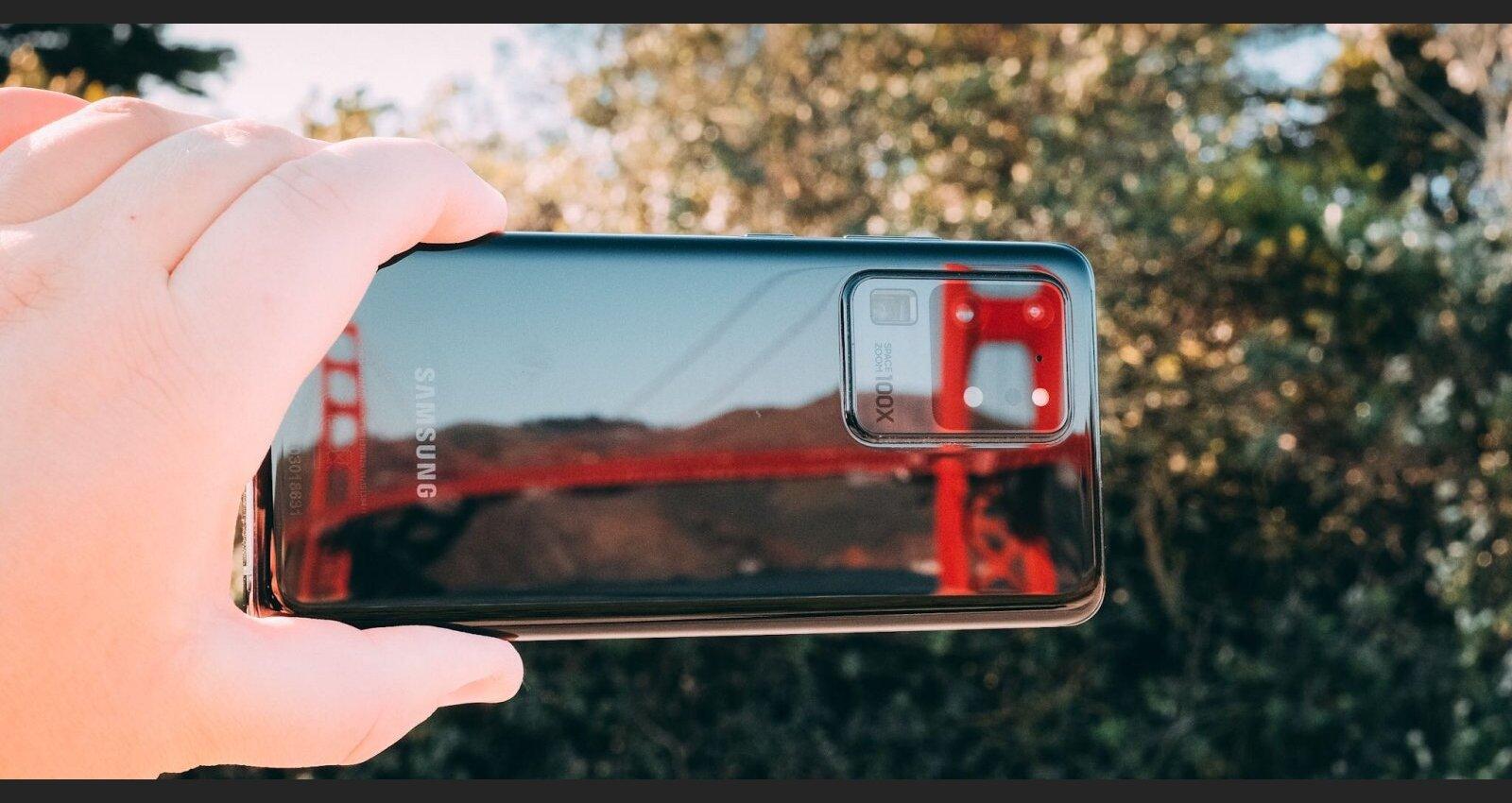 Foto un video: Pirmie iespaidi par jauno 'Samsung Galaxy S20 Ultra'