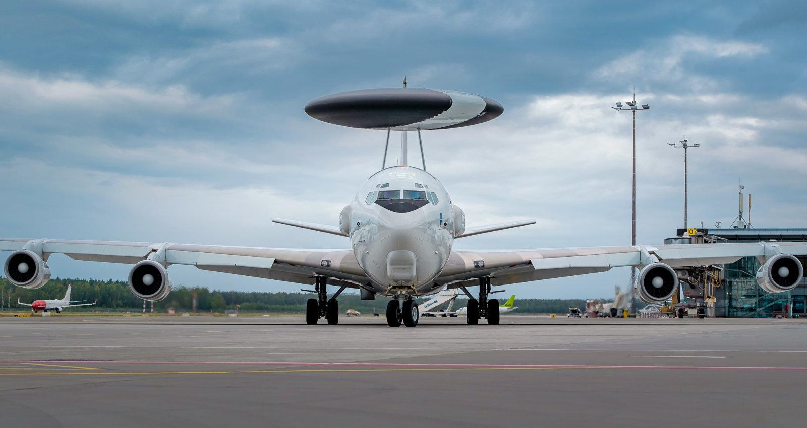 Latvieša radīts NATO vairogs piezemējas Rīgā