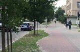 Video: Autovadītājs Jelgavā braši stūrē pretī automašīnām pa vienvirziena ielu