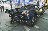 'Pagani' pēc avārijas restaurējis vienīgā eksemplāra 'Huayra Pearl' superauto