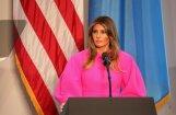 ФОТО: Платье Мелании Трамп стало объектом насмешек