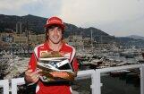 Alonso ātrākais pirmajā treniņā Monako ielās