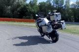 Video: BMW izstrādājis motocikla bezpilota sistēmu