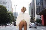 ФОТО: Самая красивая попка Бразилии в карнавальной фотосессии