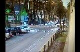 ВИДЕО: В Юрмале Porsche Cayenne на полной скорости сбил пешеходов на