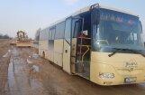 ФОТО, ВИДЕО: Были дороги, стали направления. Латвийские водители сражаются с грязью
