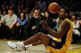 'Lakers' basketbolists Ārtests nomainījis vārdu uz Pasaules Miers