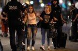 Barselonas centrā cilvēku pūlī ietriecas auto; 13 bojāgājušie un vismaz 100 ievainoto