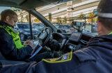 Pārbaudot 50 taksometrus Rīgā, policija konstatē 51 pārkāpumu