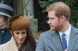 Interneta asprāši neganti izsmej prinča Harija līgaviņas cepuri