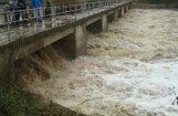 Ogres lejtecē sākušies plūdi; strauji ceļas ūdens līmenis