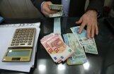 Irāna, apejot sankcijas, plāno skaidrā naudā pārvest Vācijas bankās glabātos līdzekļus