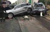 Piecu automašīnu avārijā uz Tallinas šosejas viens bojāgājušais