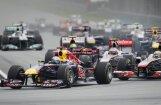 Malaizijas 'Grand Prix' norise lietus dēļ uz laiku pārtraukta