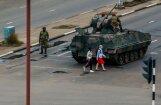 Zimbabves krīze: Mugabe ir mājas arestā, paziņo Zuma