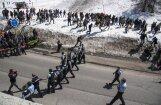 Galēji labējie demonstranti bloķē Francijas-Itālijas robežpāreju