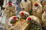 Fotoreportāža: Pāvests Jānis Pāvils II pasludināts par svētīgu
