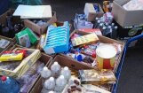 На Центральном рынке изъяли просроченные продукты: детский чай за 2010 год, йогурт — за лето 2015 года