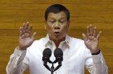 Duterte apsūdz Filipīnu pilsētas mēru narkotiku tirdzniecībā; policija mēru nošauj