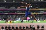 Amerikānis Teilors kļūst par pirmo trīskārtējo pasaules čempionu trīssoļlēkšanā