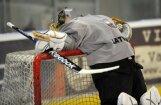 Latvijas U-18 hokeja izlase ar smagu zaudējumu sāk PČ augstākajā divīzijā