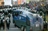 Pēc seksuālajiem uzbrukumiem Ķelnē Rīgas Pašvaldības policija sola 'nosargāt vietējās sievietes'