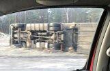 Foto: Smagās automašīnas avārija Ķekavā