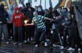 Ziemeļīrijā protestanti sarīko grautiņu katoļu kvartālos