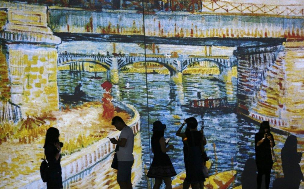 Pasauli pārsteidz atklājums, ka Vincents van Gogs ir kārtējā selfiju karaliene