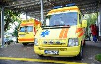 Noklausies: 113 dispečeram nav iespējams ieskaidrot, kur Jaunpiebalgā notikusi autoavārija