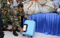 'AirAsia' lidmašīna atrasta, turpinās bojāgājušo meklēšana