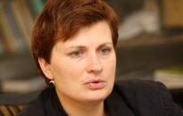 'Delfi' intervija ar labklājības ministri Ilzi Viņķeli: Pensijas līdz 180 latiem neplānojam aiztikt, par lielākām domāsim