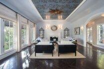 Foto: Eleganta māja, kurā katra istaba ir iemūžināšanas vērta