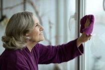 Liekas un joprojām efektīvas: tīrīšanas metodes no vecmāmiņu pūra lādes