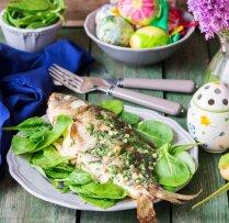 Svētku cepeša alternatīva – krāsnī gatavota zivs. 12 receptes mielastam