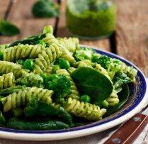 Par zaļu pat vēl zaļāks: 21 spinātu recepte vitamīniem bagātām brīvdienu maltītēm