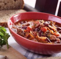 Pupiņu zupa ar liellopa gaļu un desiņām