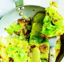 Omlete ar kartupeļiem un puraviem