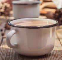 Kafija ar sviestu un muskatriekstu