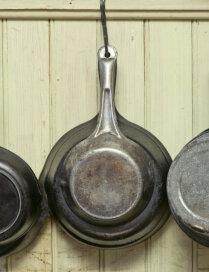 Kā mazgāt, kopt un 'pabarot' - čuguna pannas noslēpumi