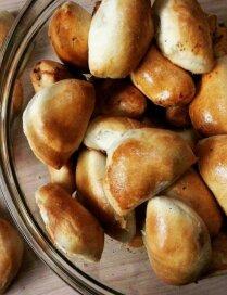Mutē kūstoši pīrādziņi ar sulīgu maltās gaļas pildījumu