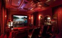 Foto: Ieskats lepnajā savrupnamā, kuru Šīns pārdod par 10 miljoniem